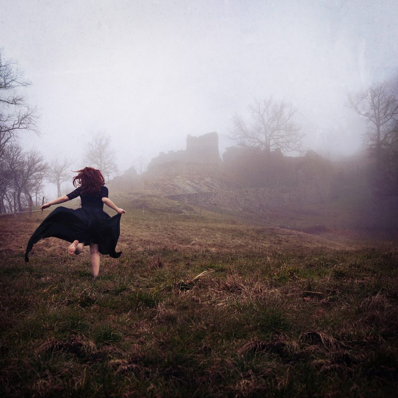 Delphine Millet Castle - Staged photography delicate sensitive surrealist dream magic mystic witch field ruins - Art conceptual photographer in Berlin